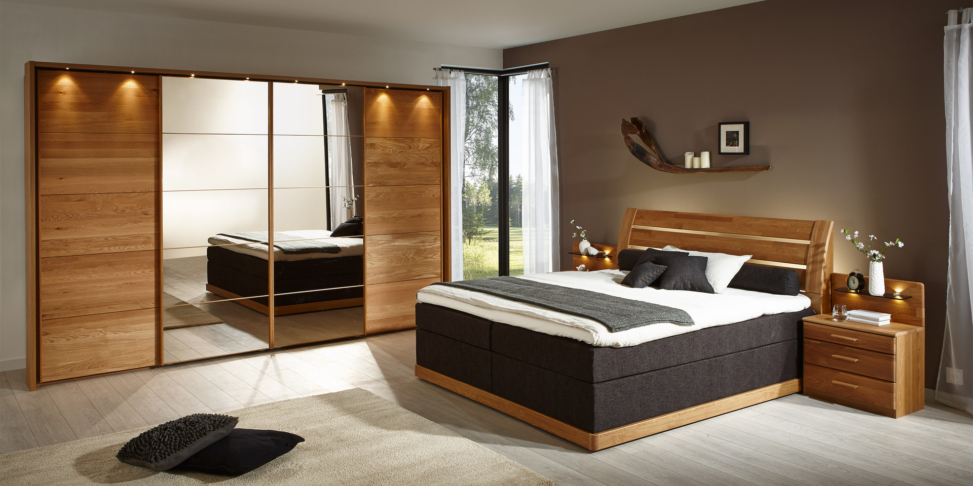 schlafzimmer modern holz kleiderschr nke f r dachschr ge trecker bettw sche normalgr e ma e. Black Bedroom Furniture Sets. Home Design Ideas